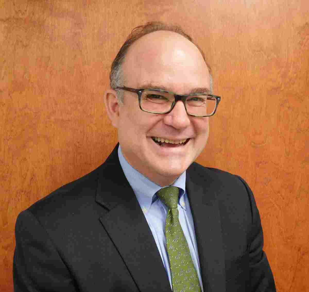 Dr. John Aucott